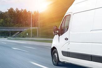 pakettiautopalvelut-logistiikka-pikakulj