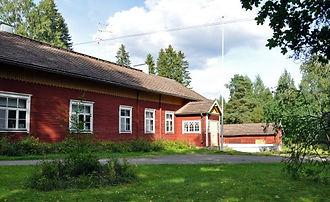 Menosten kylätalo