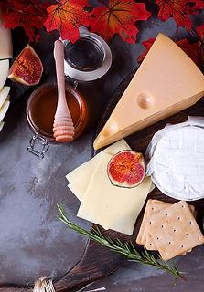 delitaste-juustot-syksy-tarjottimella-herkkuauto-tori.jpg