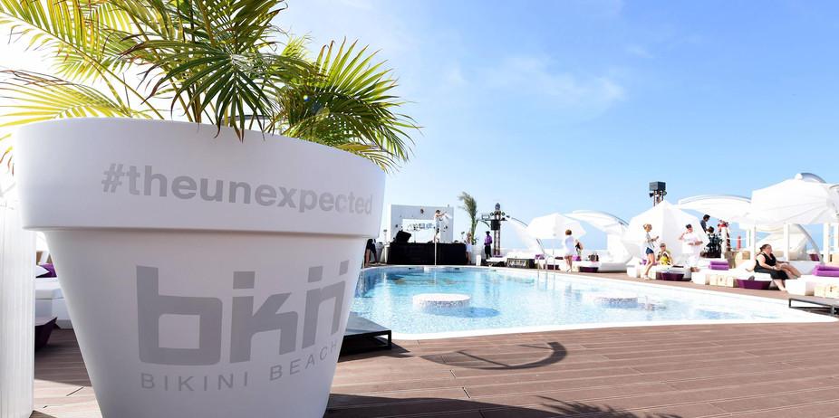 Bikini Beach Club7