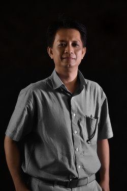 Asst. Prof. Thanasit  Chantaree