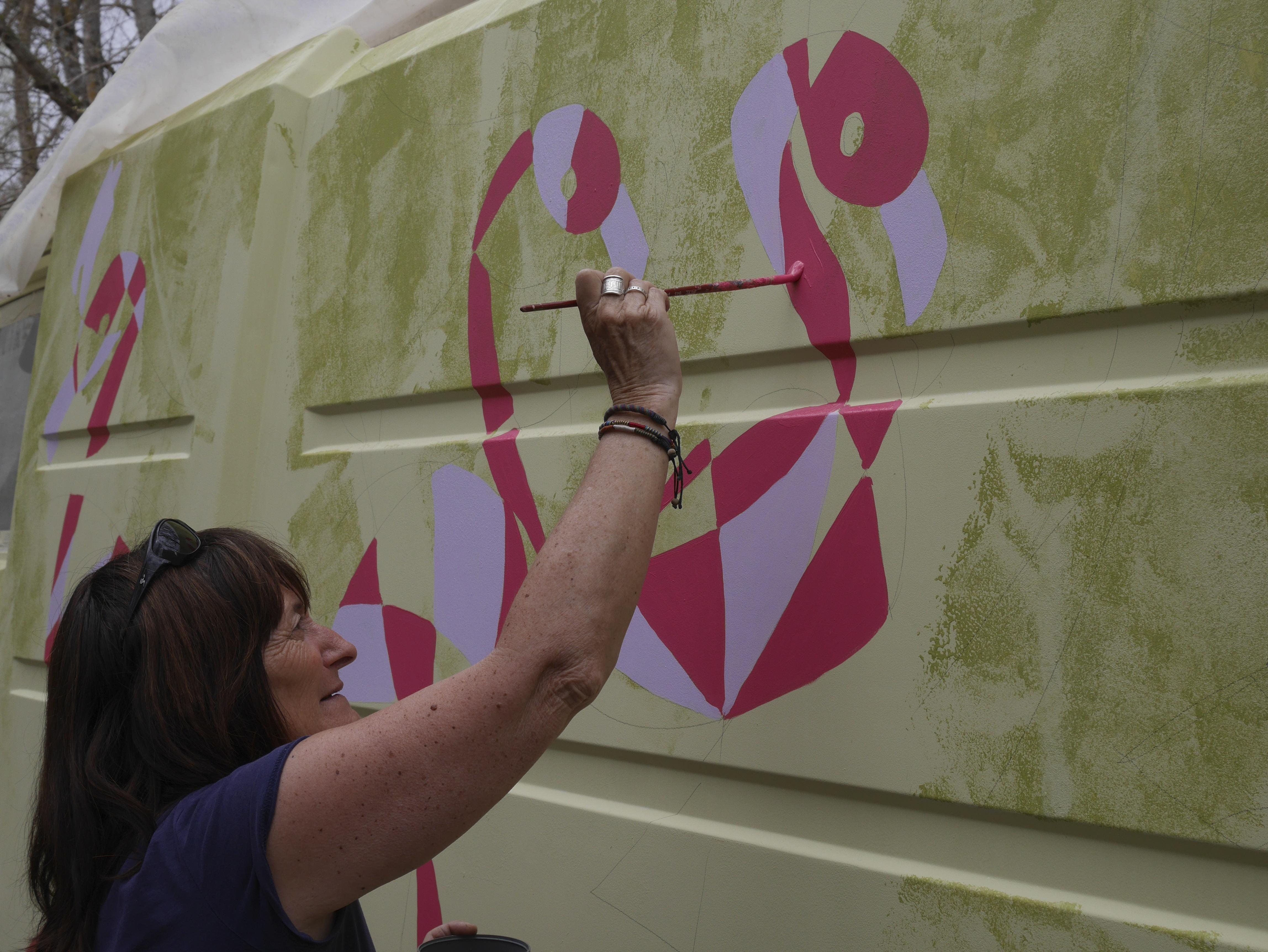 Peinture au chantier participatif