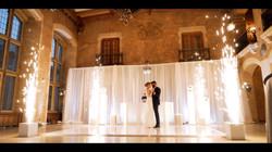 FULL WEDDINGS.00_53_07_11.Still203