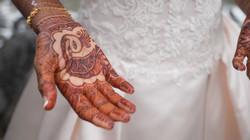 FULL WEDDINGS.00_32_22_16.Still131