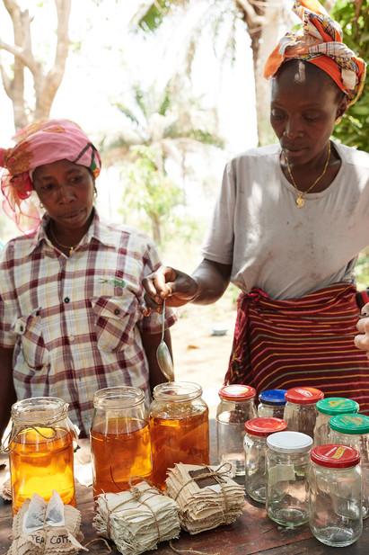 Mordant training, natural dye workshop, Modiya