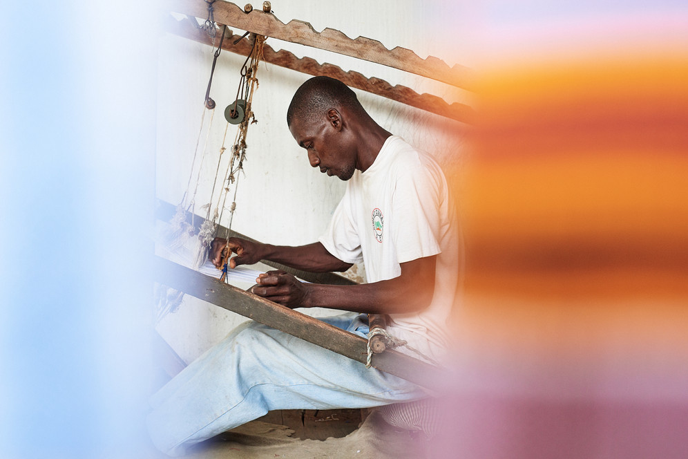Zumana Weaving Horizontal Strip Loom, Grand-Bassam