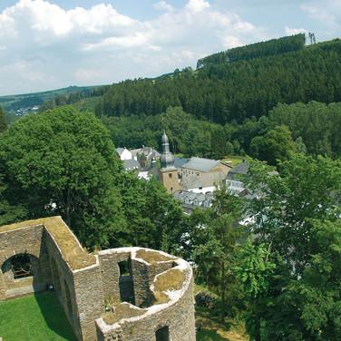 De burcht in Burg Reuland.