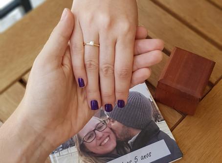 Engenheiro faz aliança no Ourives Por 1 Dia para pedir a namorada em casamento