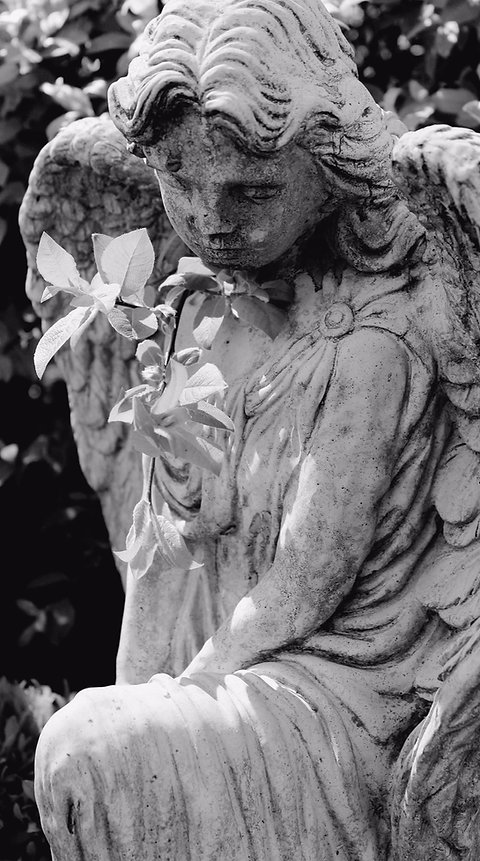 angel-1375589-2_edited.jpg