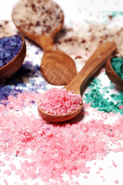 colorful-bath-salt-scattered_144627-1671