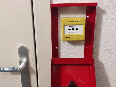 PRODUIT | Coffret métallique de protection pour déclencheur manuel de désenfumage