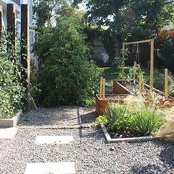 huerto jardin.jpg