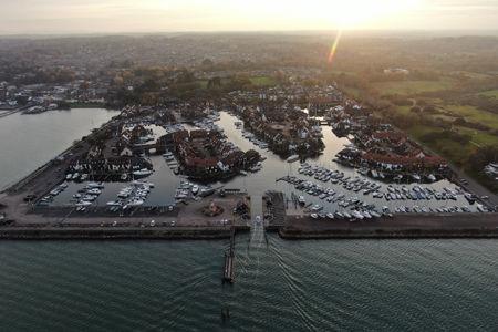 Hythe Marina.jpg