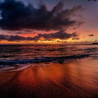 Kauai sunrise trails to follow