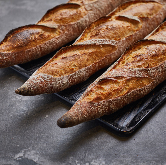 TRADITION BAGUETTE  taste of natural fermentation, inside soft, outside brittle and hard, slightly sour, evocative, soul of French bread.