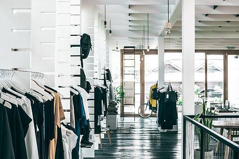 アパレル・物販・ファッションショップの店舗デザイン、設計施工、内装・外装工事はお任せください。大阪・京都・奈良・神戸・兵庫・名古屋・東京.jpeg