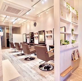 美容室・理容室・サロン・クリニック・歯科医院・医院の店舗デザイン、設計、内装デザイン、内装工事実績紹介。 リフォーム・リノベーションもお任せ下さい。激安工事、格安工事。
