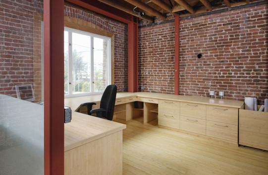 plywood-flat_grain-natural-loft.jpg