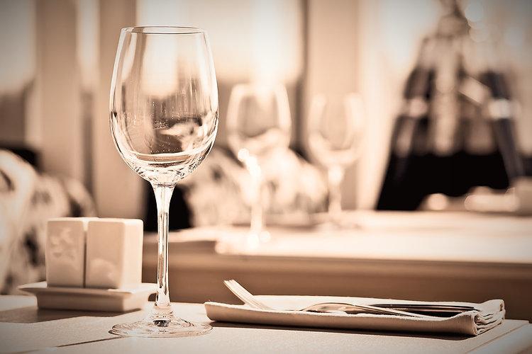 Fine%20Restaurant_edited.jpg