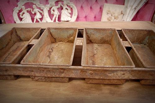 bakery, loaf pan, rusty, metal, serving, display, decorative