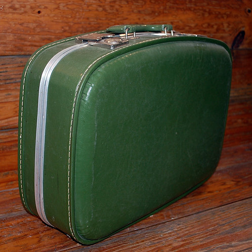 Med.Green Suitcase