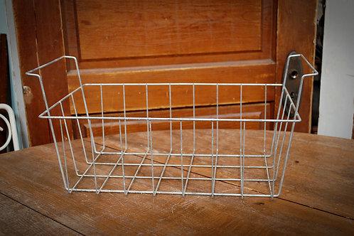 metal wire basket vessel rental