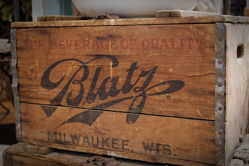 blatz beer crate, decor, table top, side table,