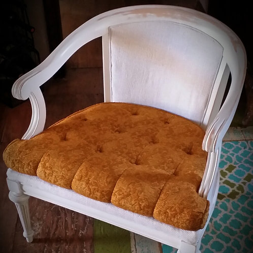 """""""Nora"""" Chair"""