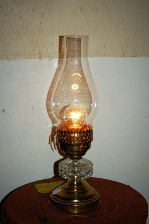cut glass oil lamp, decor, lighting, prop, event, rental