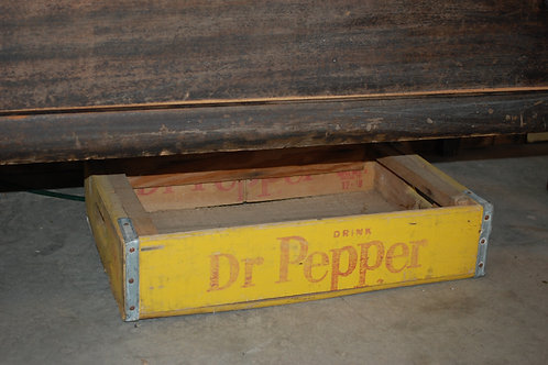 dr pepper soda crate, decor, serving, table top