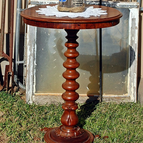 """""""Isabella"""" Side Table"""