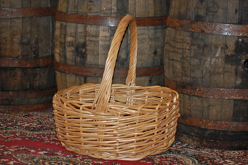 giant basket, photo op, decor