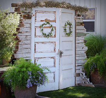 Bride reveal doors, architectural