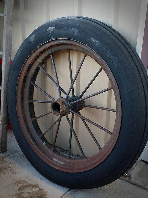 spoked tractor wheel, decoration, prop, wedding, rental