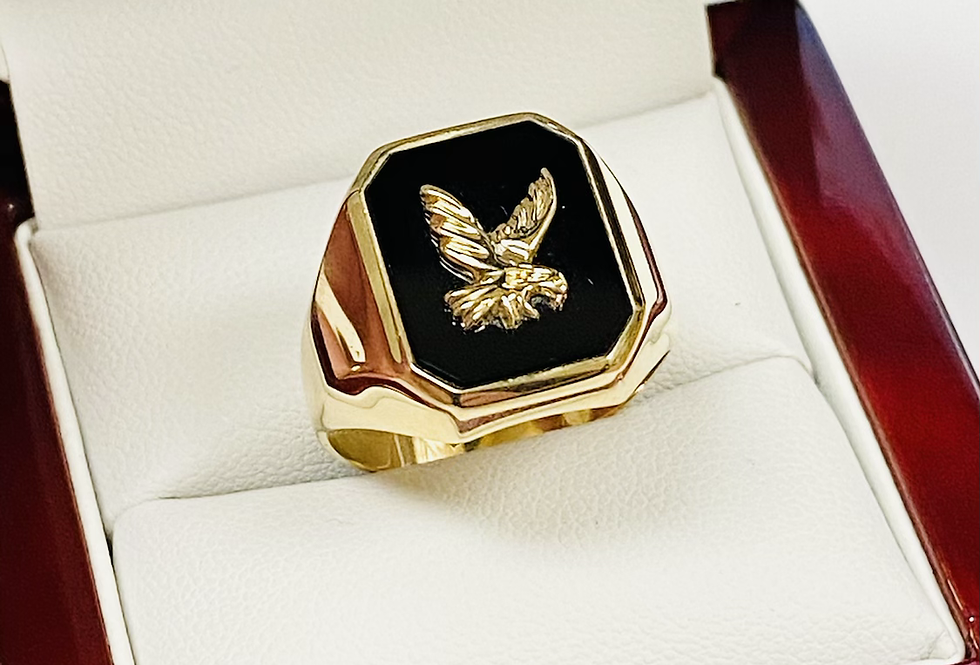 Onyx & Eagle Men's Ring In 14K Yellow Gold