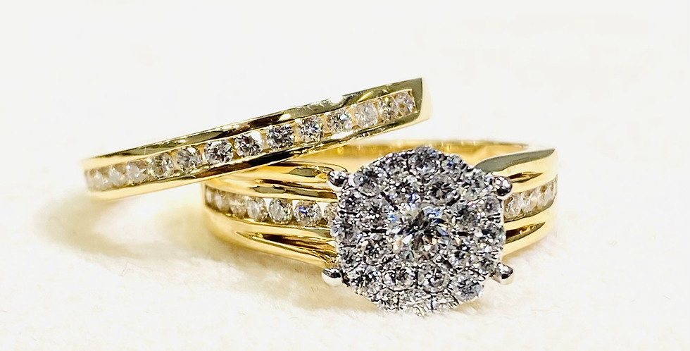 1.10 ctw Cluster Diamond Halo Engagement Ring Set In 14k Gold