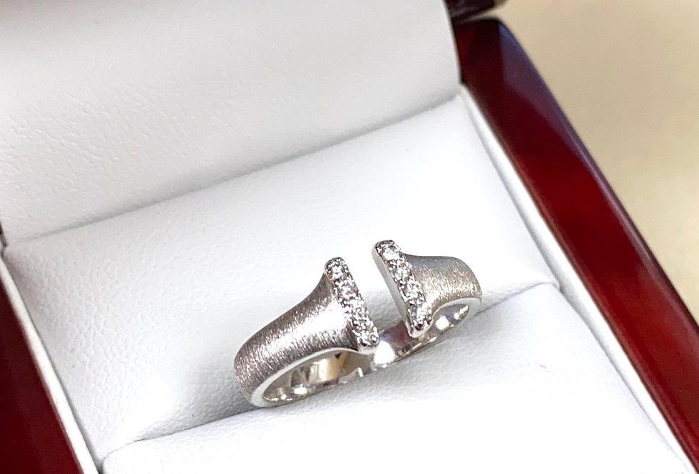 Diamond Split Ring in 14K White Gold