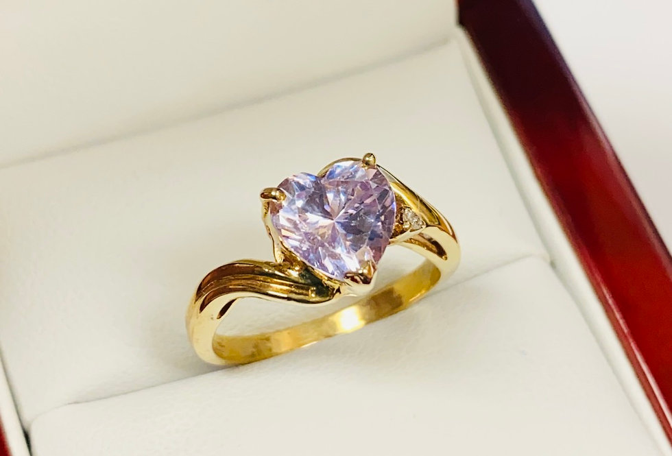 Heart Shape Lavender Cubic Zirconia Solitaire in 10K Yellow Gold