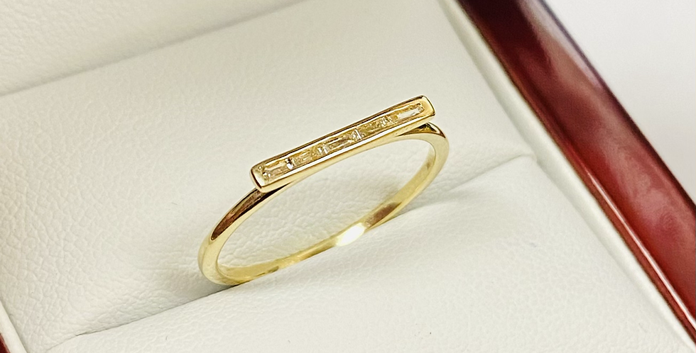 .08 ctw Diamond Bar Ring In 14K Yellow Gold