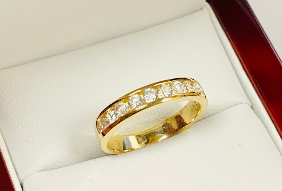 Round Cubic Zirconia Bands in 14K Yellow Gold