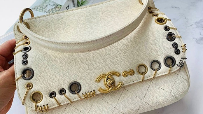 Caviar Quilted Grommet Embellished Piercing Chic Flap Bag Ivory - PreLoved