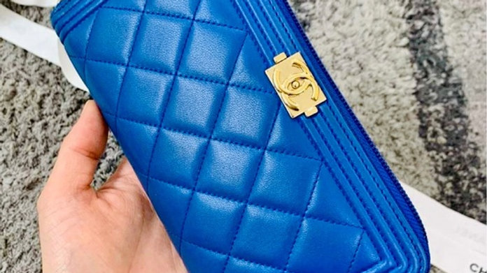 Chanel Le Boy Wallet (fits phone) - PreLoved