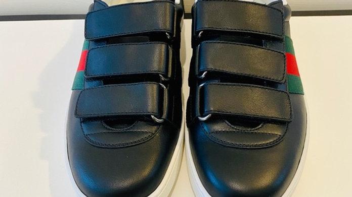 New Unisex Gucci Sneakers (US size men 6 & women 9)