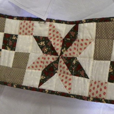 22. Xmas Table Runner- Ruth Hurst