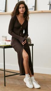 Brown ribbed dress