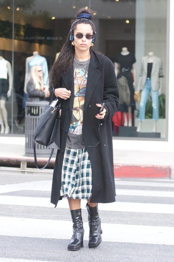 Zoe Kravitz in oversized tee and skirt on Wardrobe Wellness blogpost