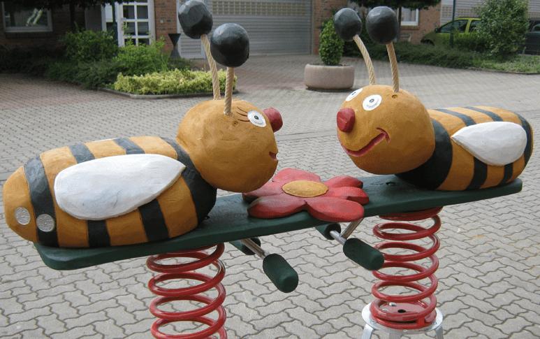 """Κούνιες  """"Μέλισσες""""  Κωδ.Η8915"""