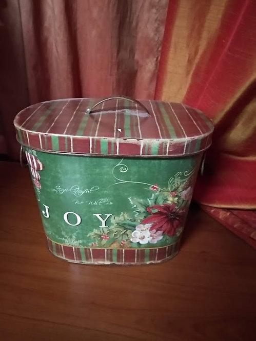 Χριστουγεννιάτικο μεταλλικό κουτί κωδ:L675