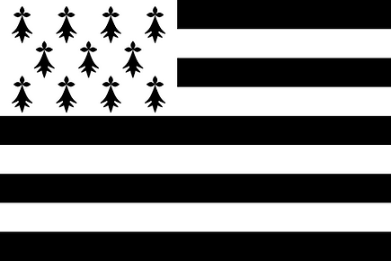 2000px-Flag_of_Brittany.svg.png