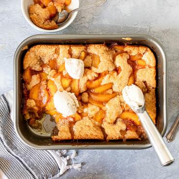 gluten free peach cobbler3-6806.jpg